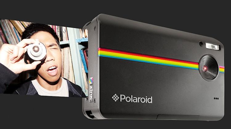 polaroid z2300 digitale sofortbildkamera mit integriertem farbdrucker. Black Bedroom Furniture Sets. Home Design Ideas