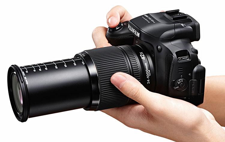 fujifilm pr sentiert drei bridge kameras mit schnellem af. Black Bedroom Furniture Sets. Home Design Ideas