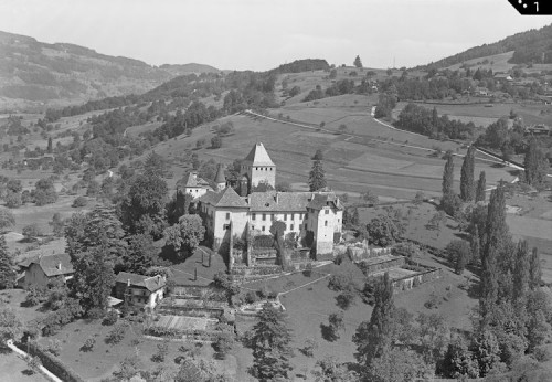 Schloss von Blonay, 1949 (Archives cantonales vaudoises, PP 961/592/2, © Photo Aéroport Lausanne)
