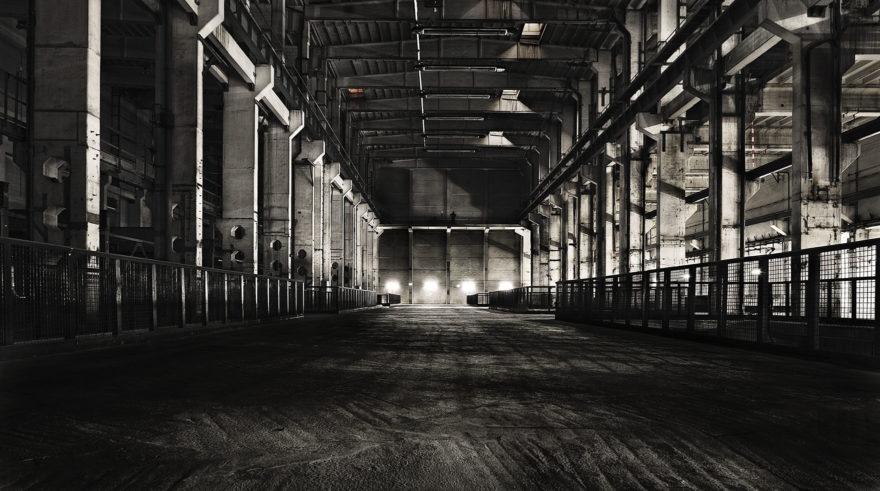 leerer Raum des Veranstaltungsorts Kraftwerk Berlin